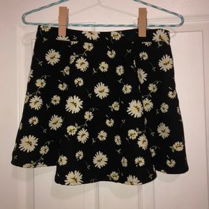 F21 Lazy-Daisy Skater Skirt